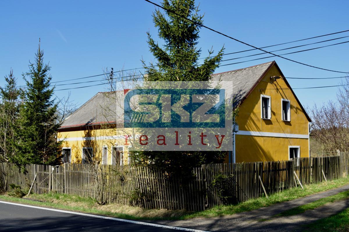 Rodinný dům 4+1 se stodolou a zahradou ve Valdeku, okr. Děčín