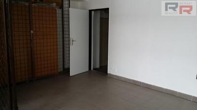 4/10, Pronájem komerčního prostoru, Náves Svobody, Olomouc, 20160124_122847.jpg