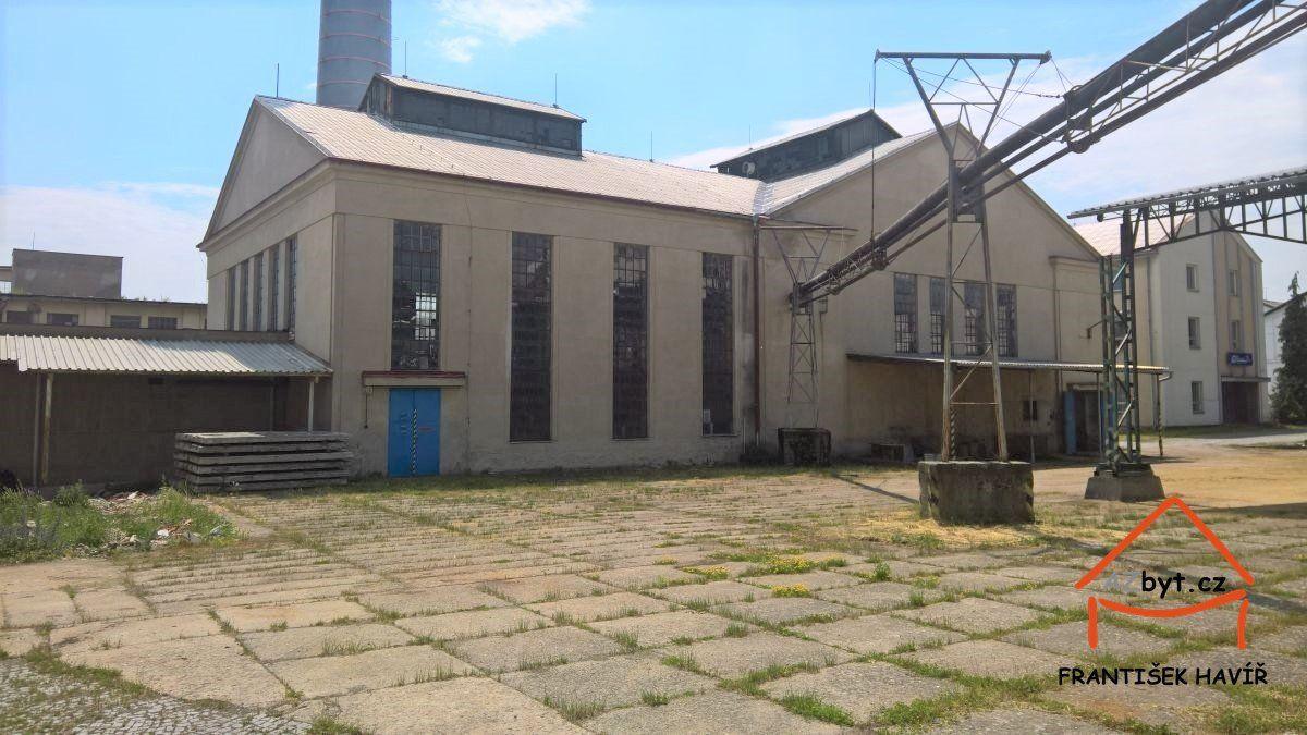 Prodej haly o ploše 1050 m2, Tovární ul., Dolní Bousov