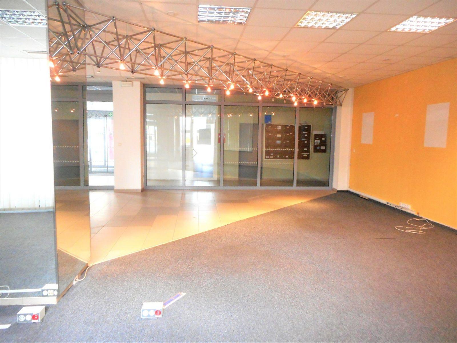 Pronájem, Kanceláře, 141 m2 - Kladno, Váňova
