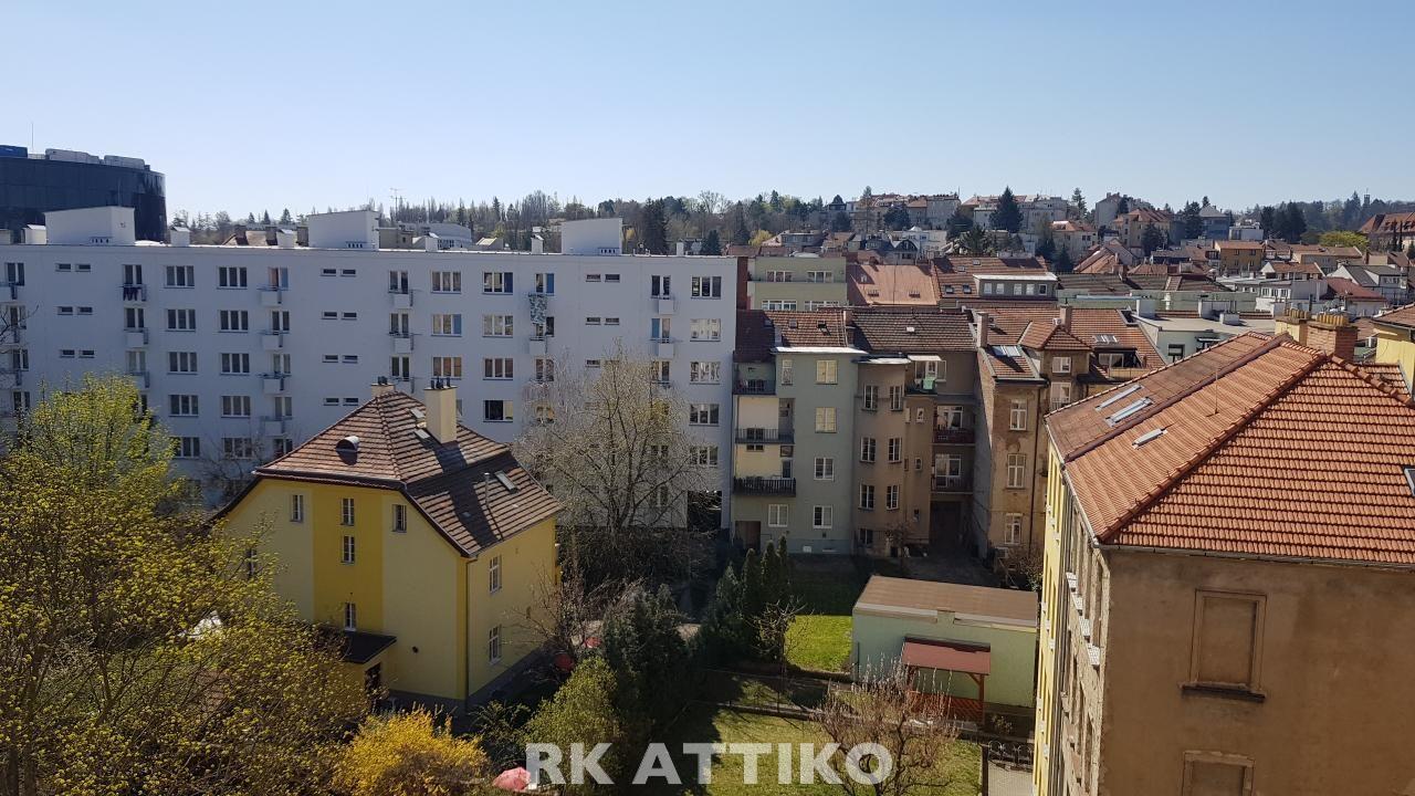 Nový půdní byt OV 3-4+kk Žabovřesky CP 111 m2, terasa, sklep, vlastní parkování.