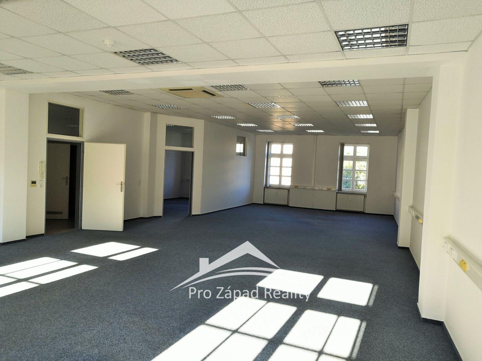 Pronájem open office a kanceláře, 150 m2 - Plzeň - Vnitřní Město