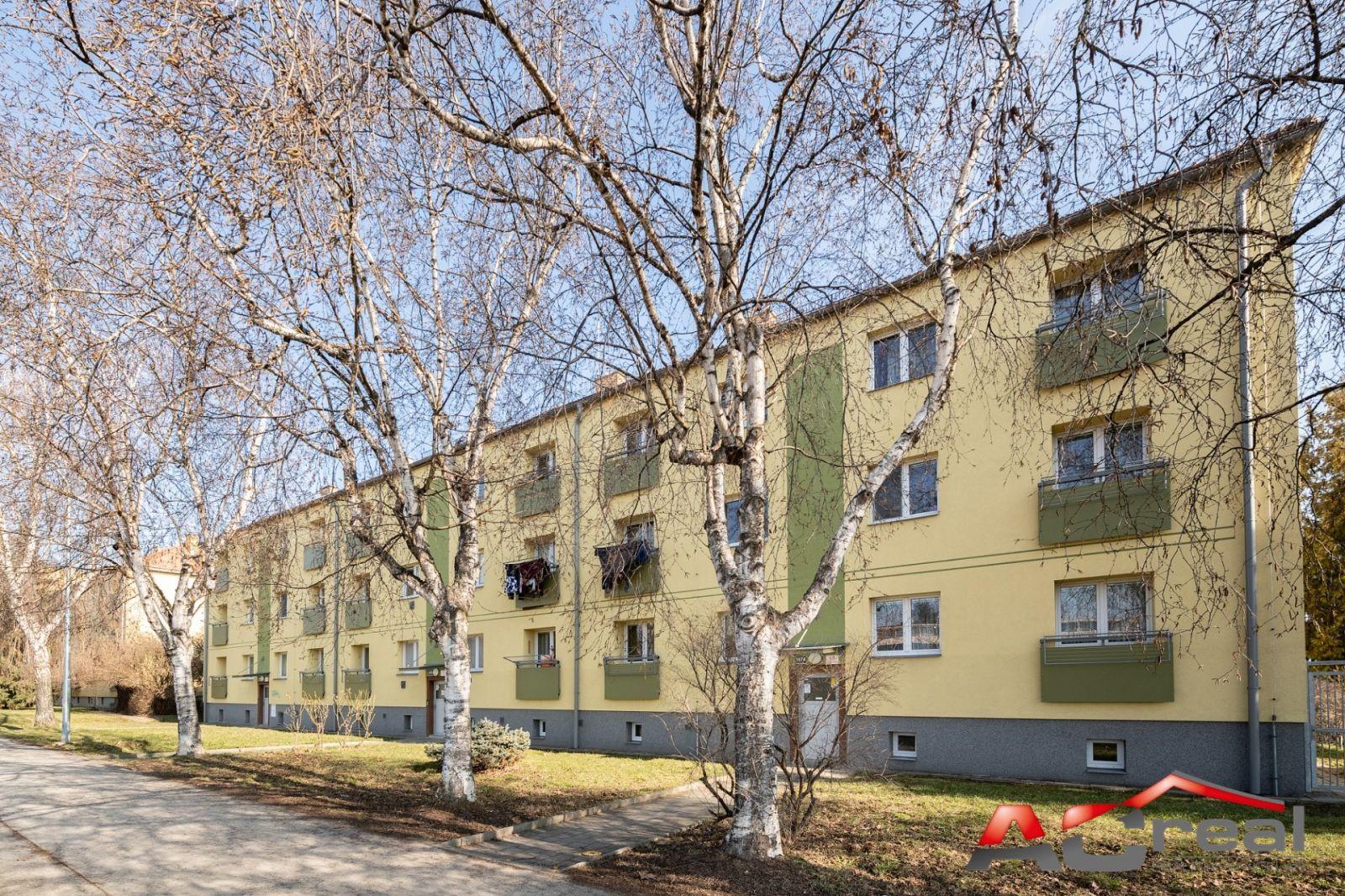 Pronájem bytu 1+1 po rekonstrukci na ul. Hradecká.