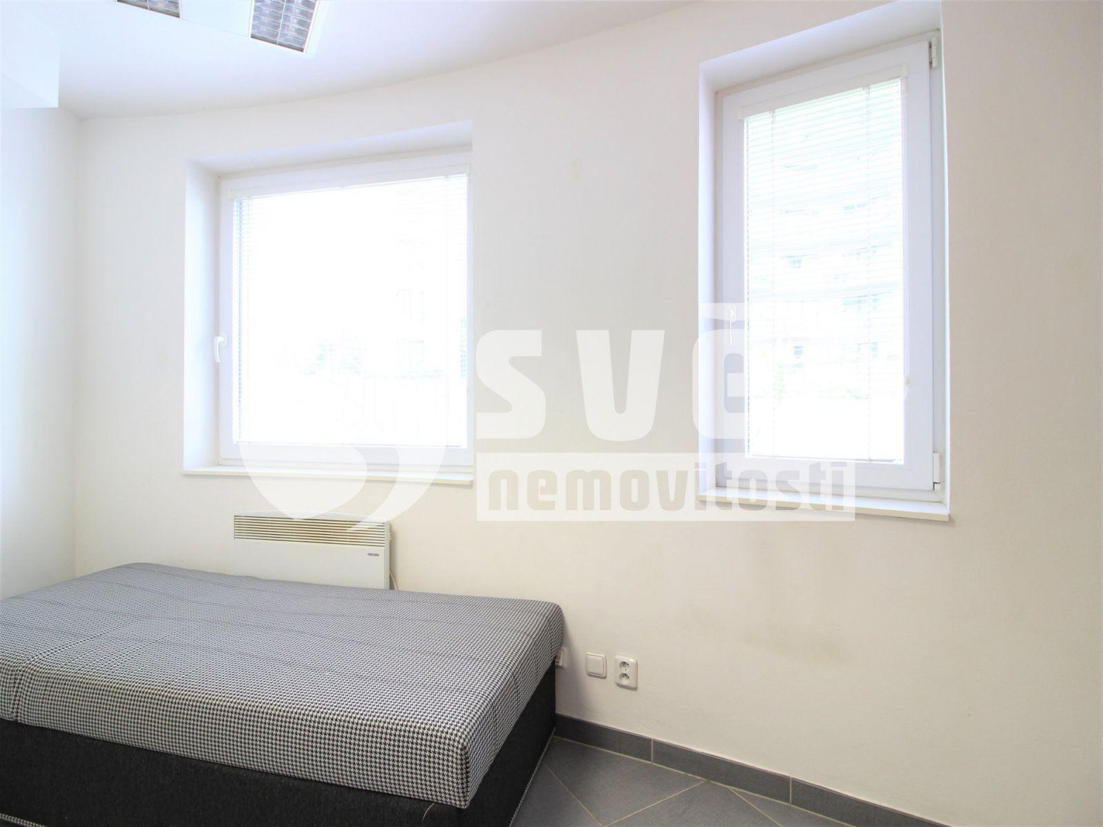 Prodej komerčního prostoru 13 m2