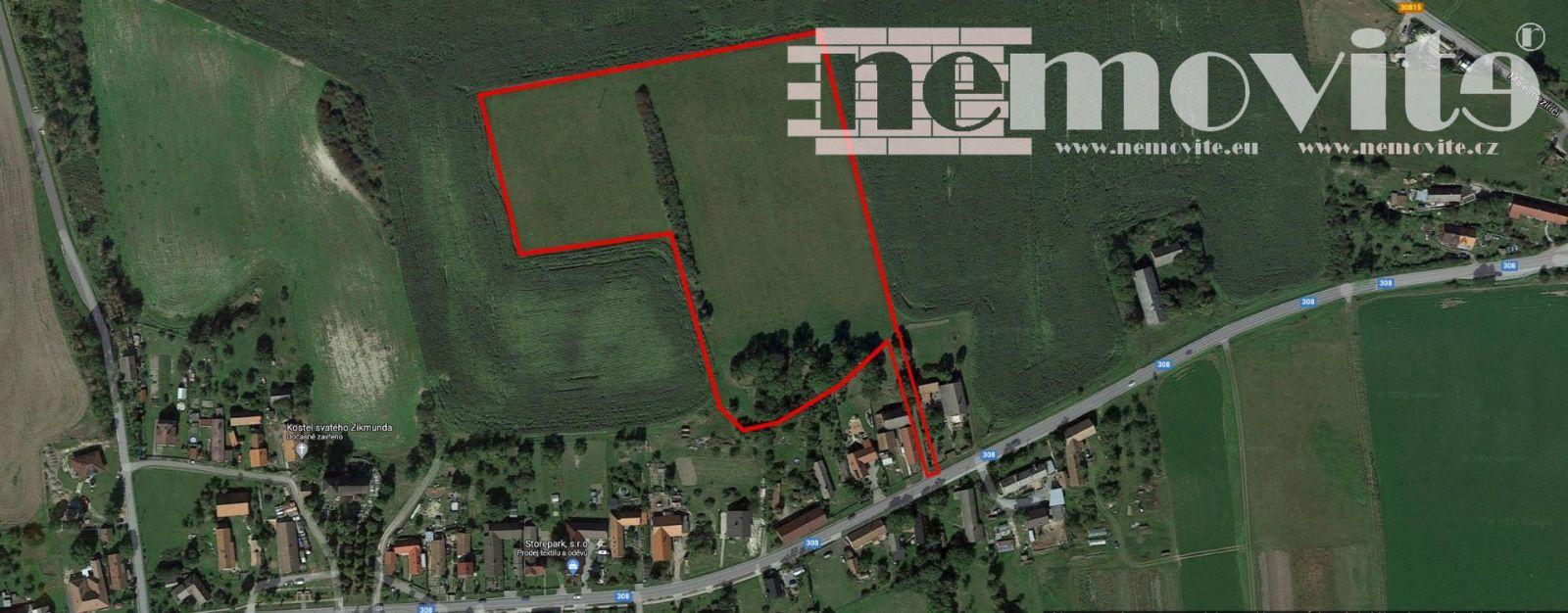 Prodej, Pozemky pro bydlení 6700 m2 s přilehlými pozemky 23400 m2 k všestrannému využití v obci Král