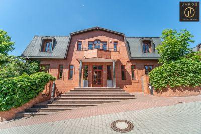 Prodej reprezentativní vily 7+kk  285 m2, pozemek
