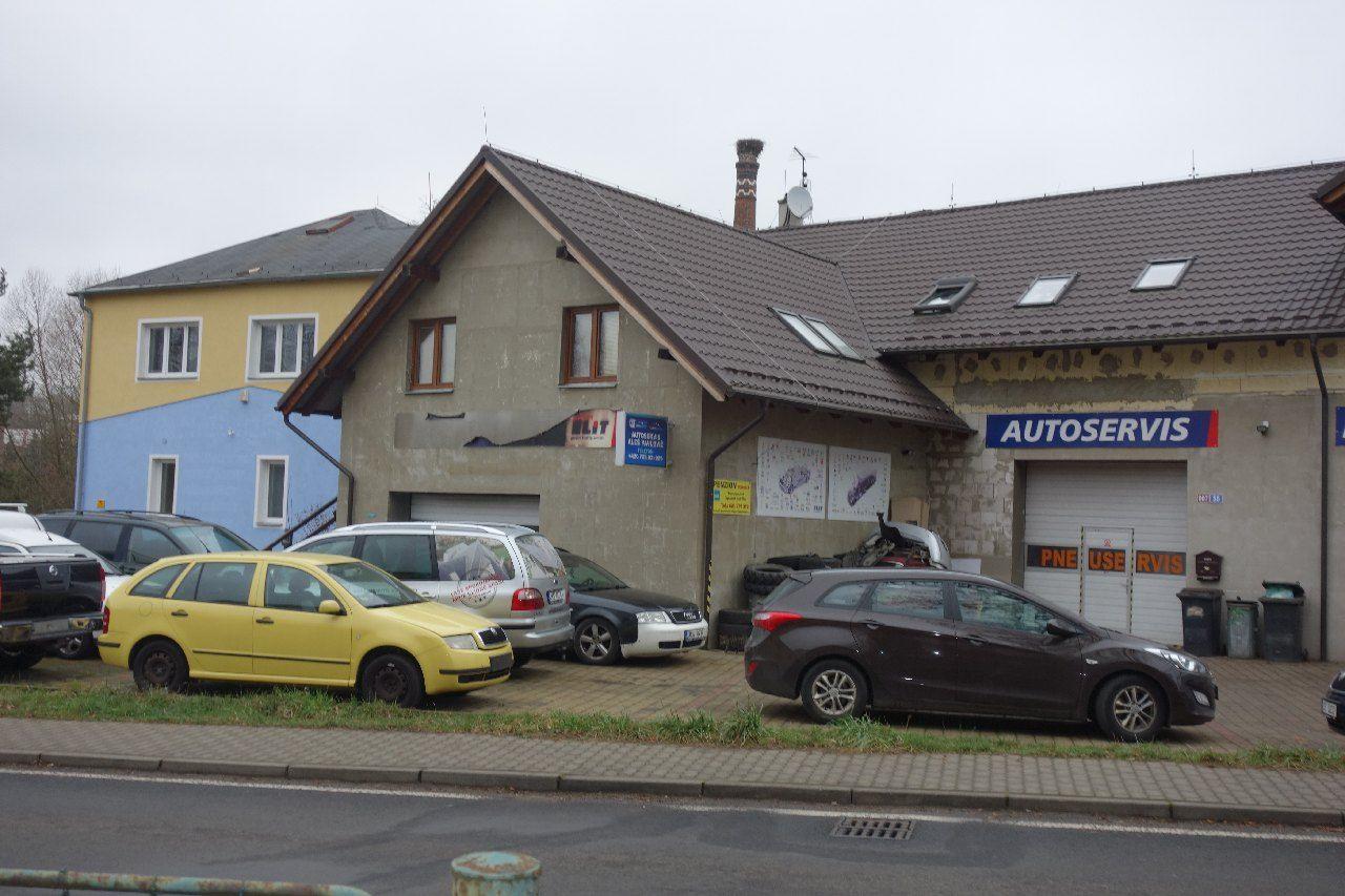 Prodej rodinného domu včetně autoservisu v Kynšperku nad Ohří