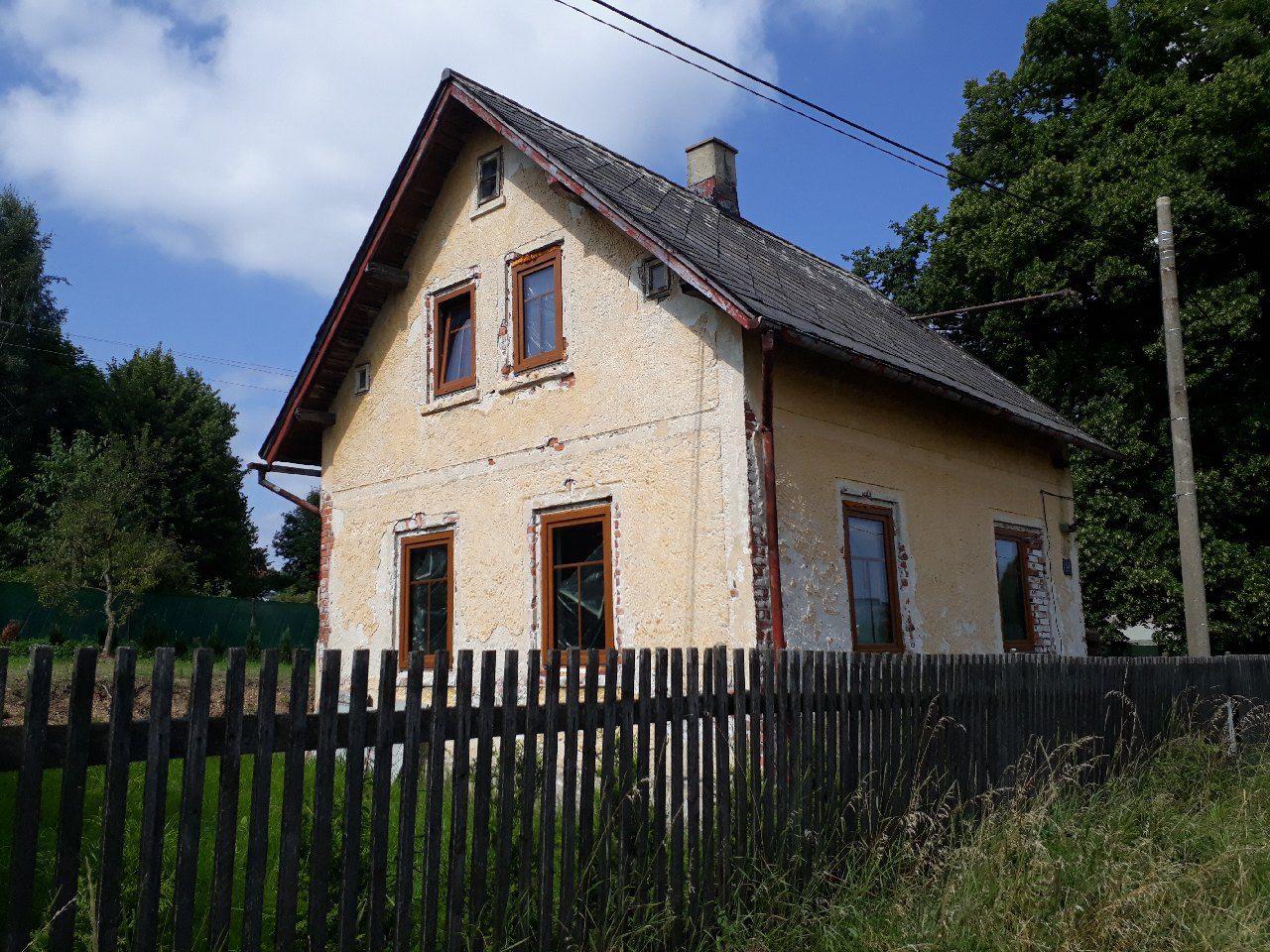 Prodej rodinného domu v rekonstrukci se zahradou v Lubech u Chebu