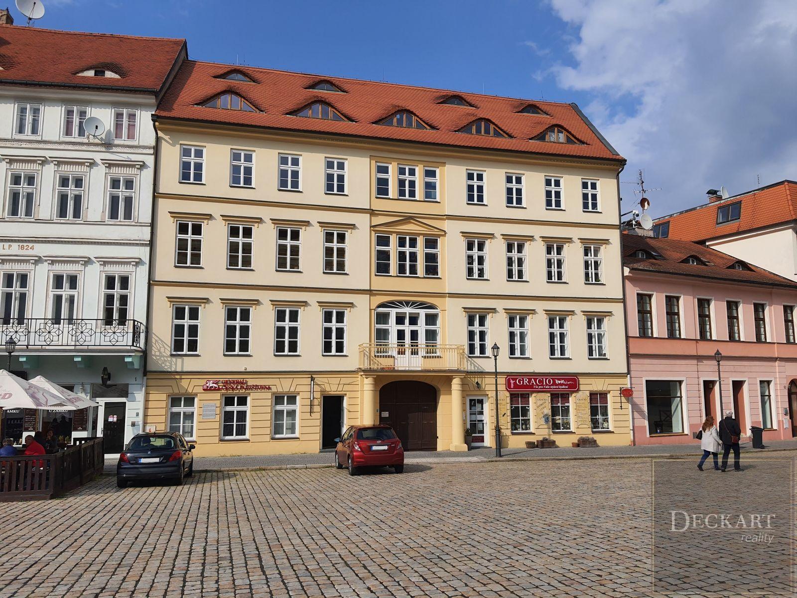 Pronájem nebytových prostor, 110 m2, Teplice - Zámecké náměstí