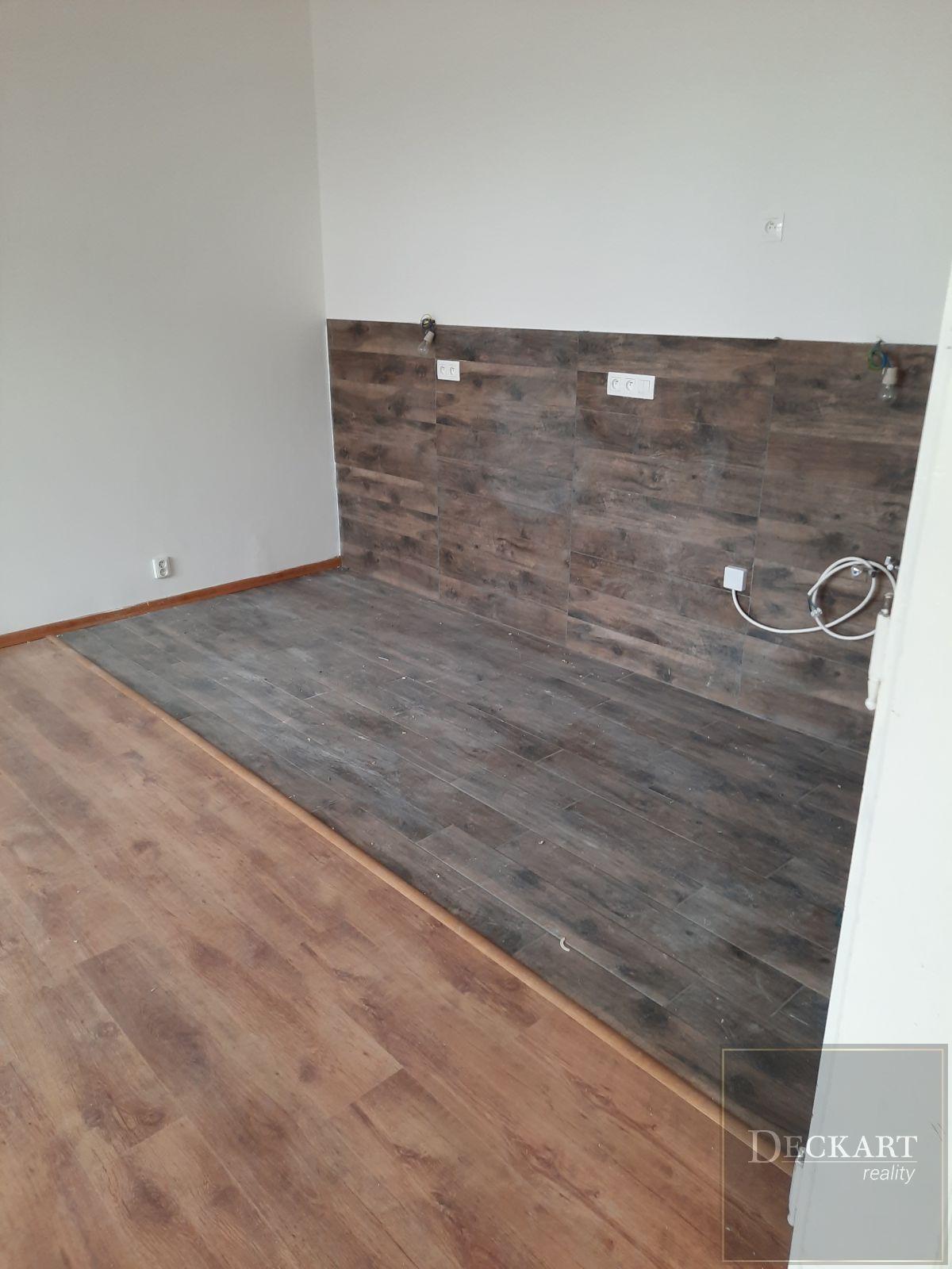 Pronájem bytu 2+1 (3 + kk) v Teplicích, centrum, 100 m2