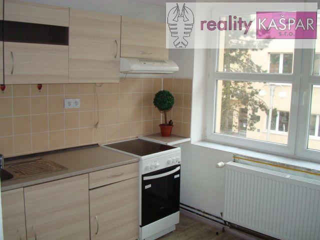 Nové Strašecí - centrum - pronájem bytu 1+1 o výměře 27 m2