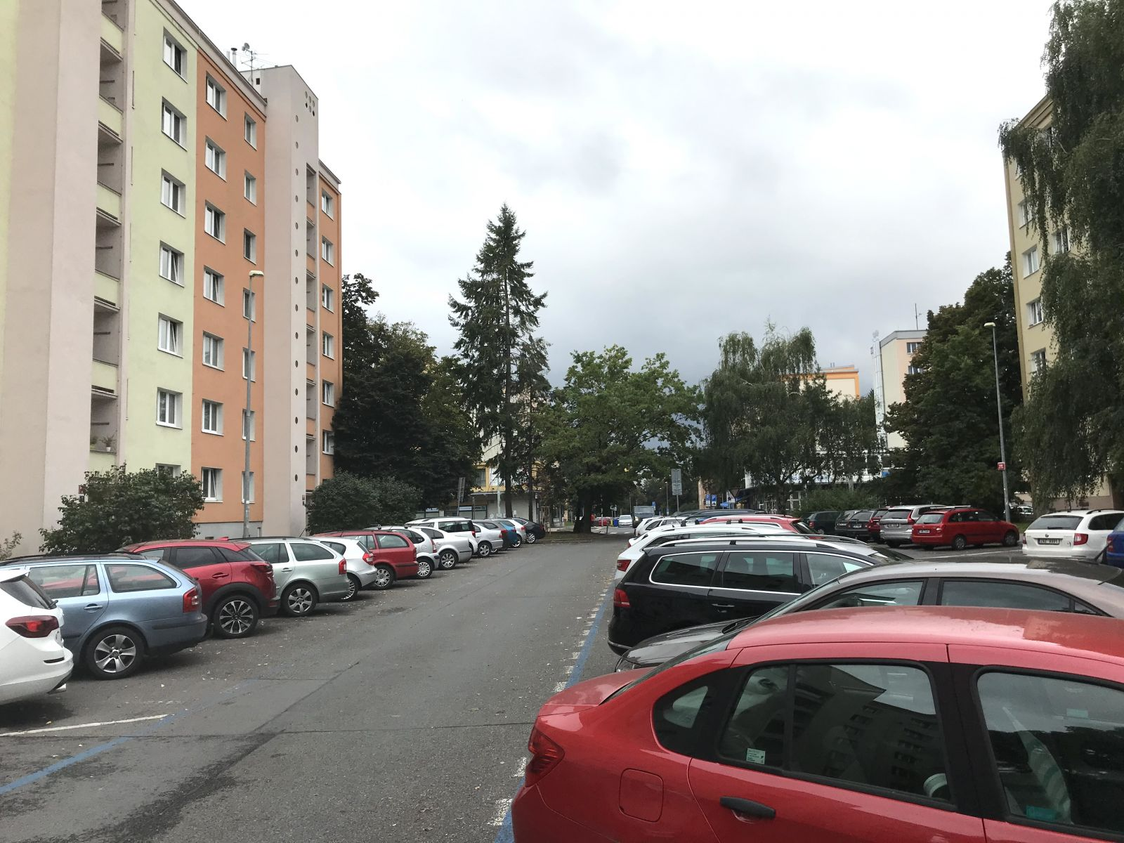 Pronájem rekonstruovaného bytu, P6  Břevnov, ul. Čílova, OV, 2+1 s lodžií a sklepní kójí, 51 m2