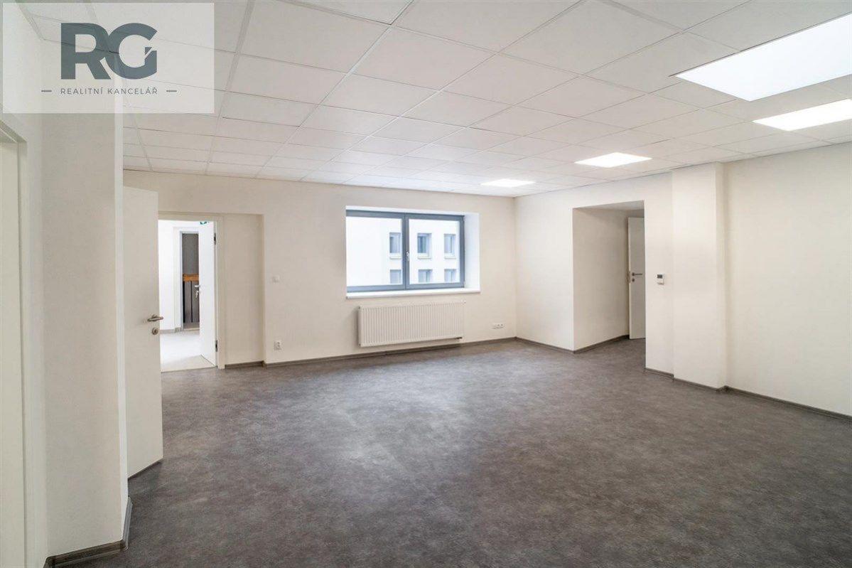 Prodej kancelářských či obchodních prostor, Velké náměstí, Písek