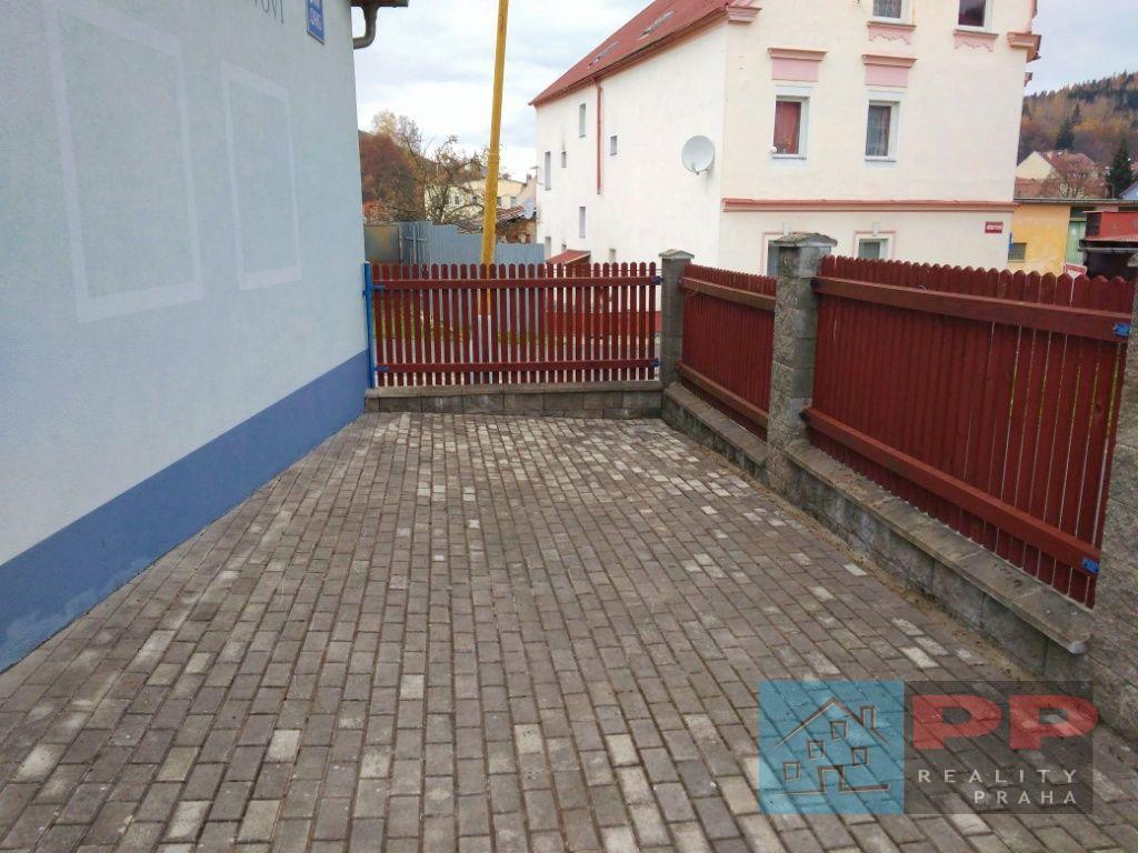 Prodej rodinného domu, 127m2, pozemek 183m2, Kraslice, ul. Hřbitovní, okr. Sokolov