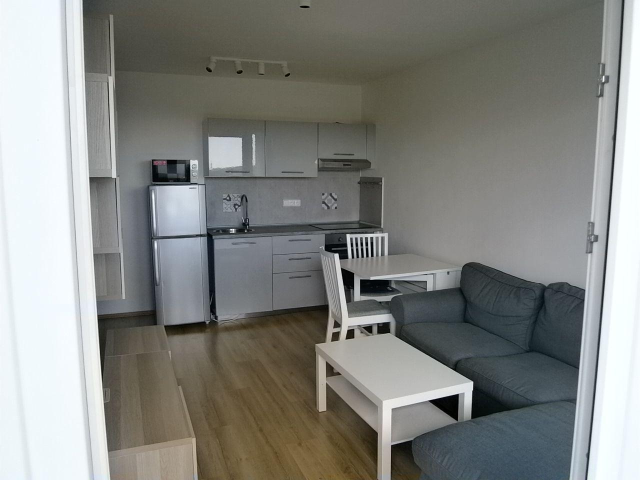 Pronájem pěkného bytu 2+kk, 40 m2, Praha 8 Bohnice, Hlivická ulice