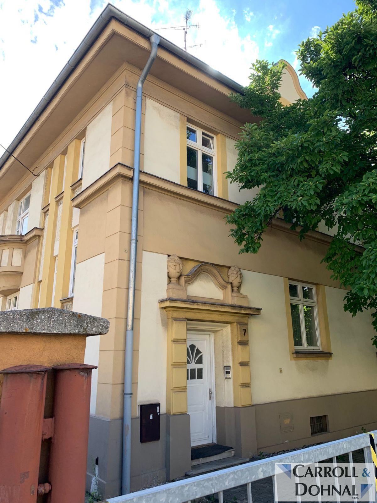 Pronájem vily s apartmány a kancelářemi, ulice Chocholouškova, Ostrava