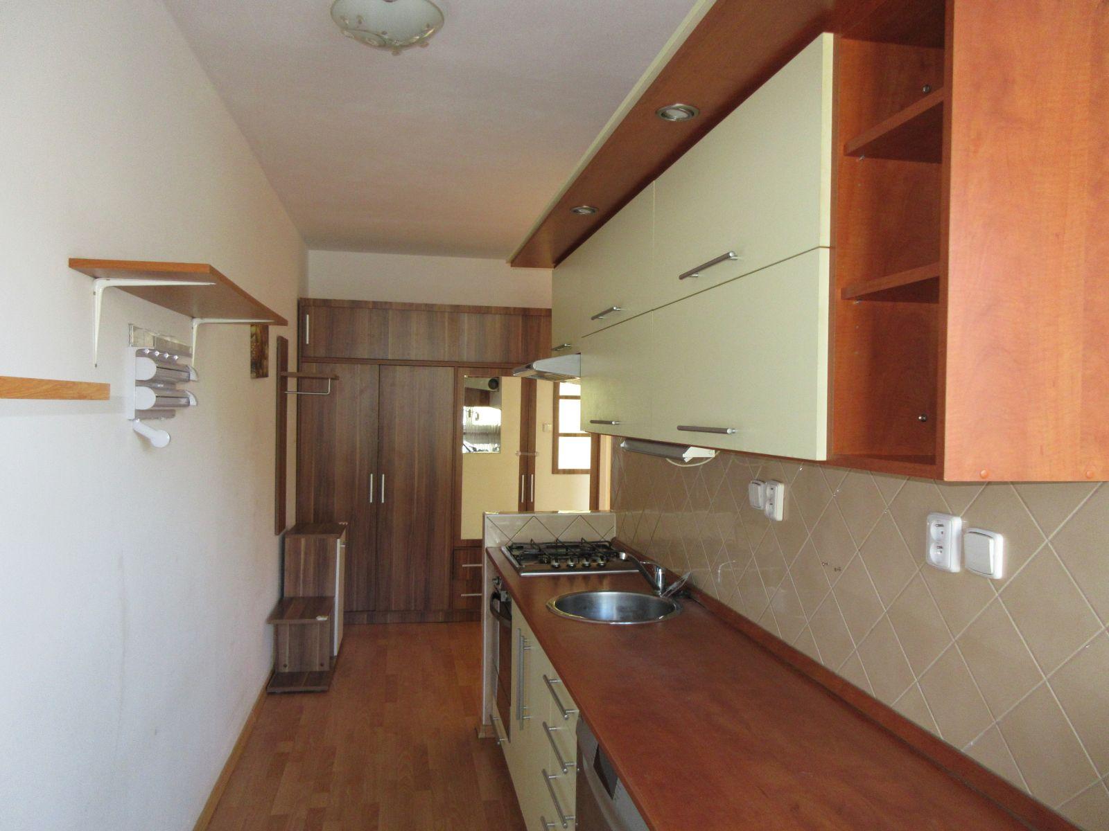 Pronájem bytu 2+1 v Chomutově