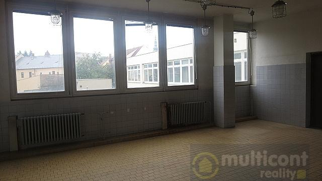 Pronájem prostor bývalé jídelny o rozloze 101,80 m2