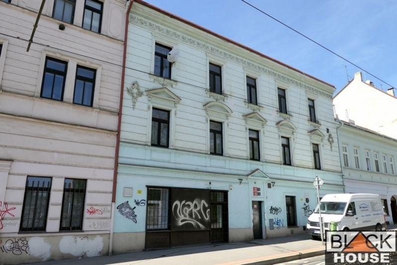 Pronájem komerčních prostor, 28 m2, Praha 5 - Hlubočepy