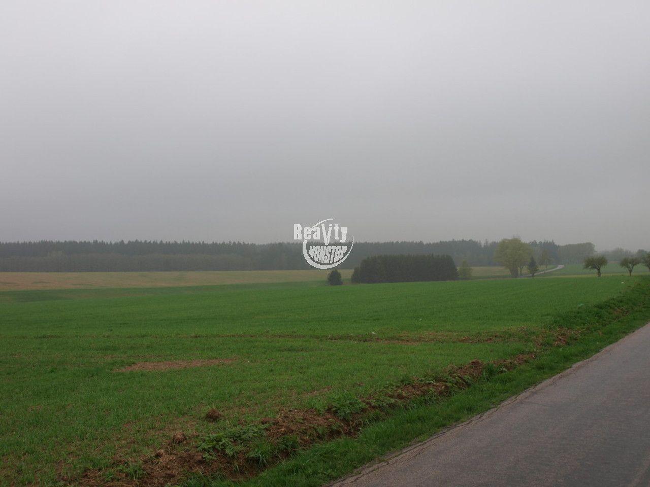Prodej pozemku v Jihlavě - Pístov.