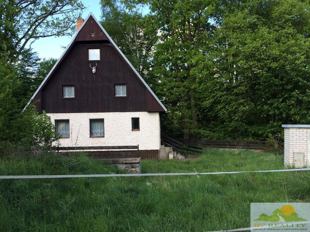 Prodej zděné chaty u Slapské přehrady