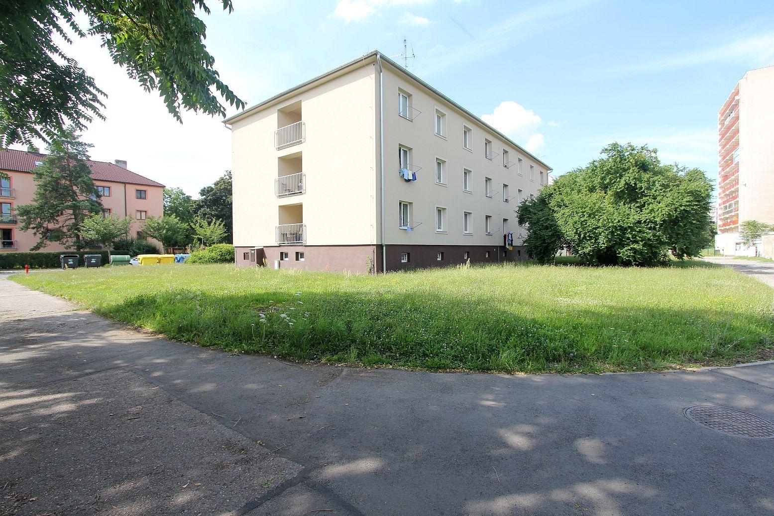 Pronájem bytu 1+1 Na Okrouhlíku Pardubice