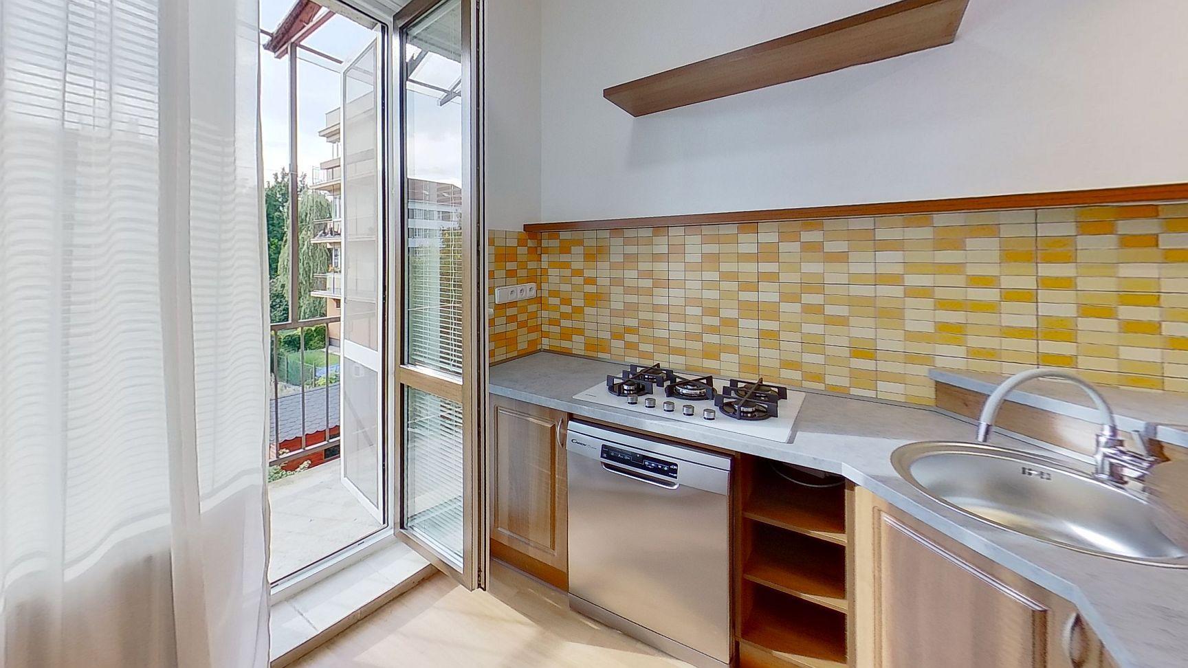 Pronájem bytu 2+1 s možností užívání zahrady Pardubice