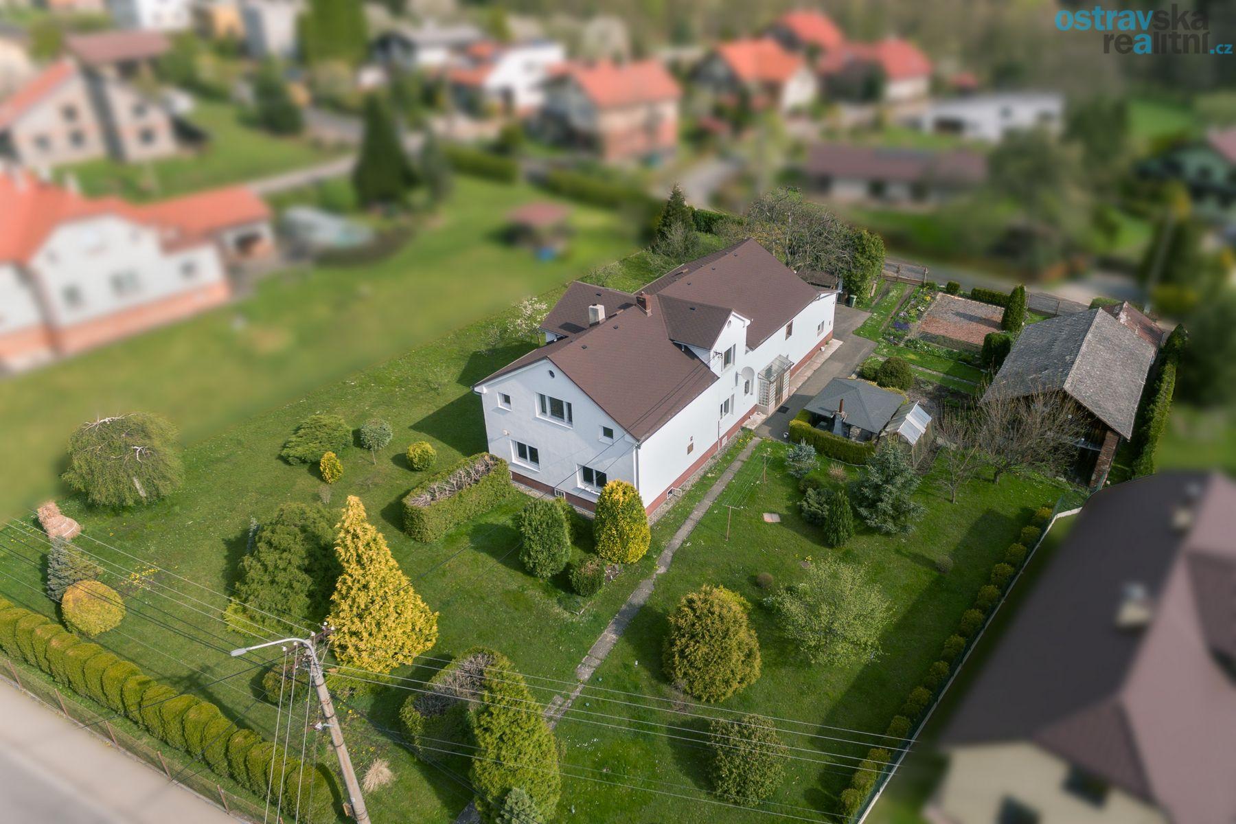 Prodej, rodinný dům 7+2, Ostrava - Plesná, ul. 26. dubna, 260 m2, zahrada 2.068 m2