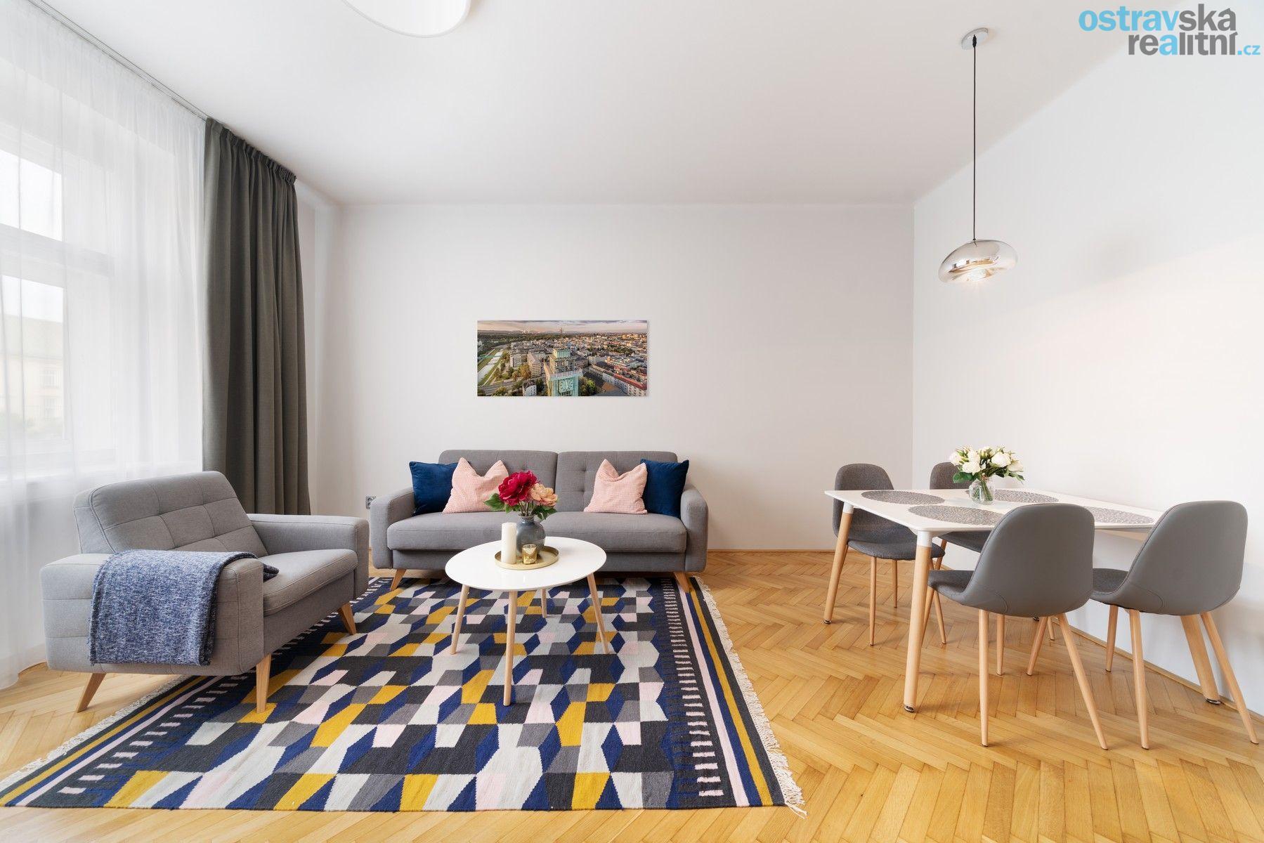 Pronájem, cihlový byt 2+1, Ostrava - centrum, Prokešovo náměstí, 88 m2, balkón