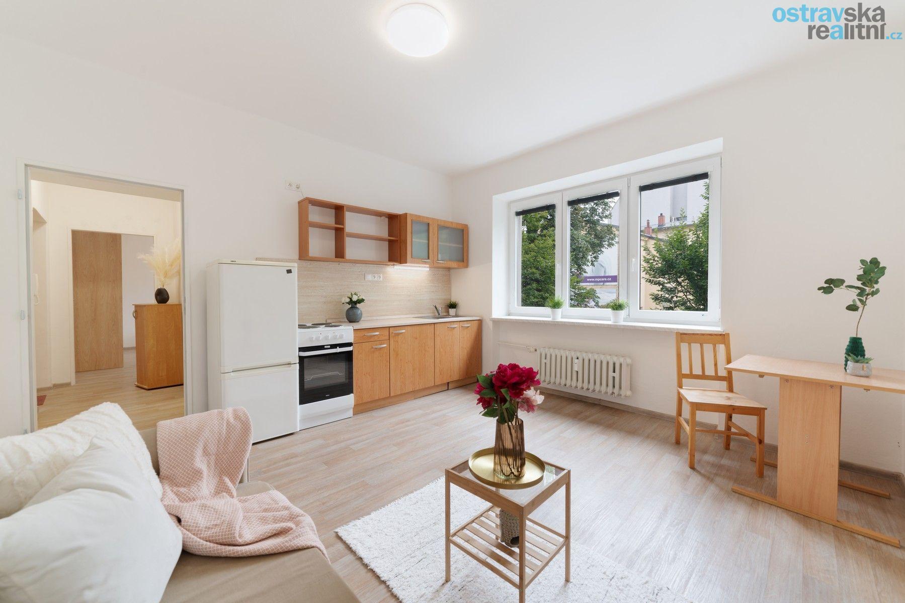 Pronájem, cihlový byt 2+kk, Ostrava - centrum, Dr. Šmerala, 40 m2