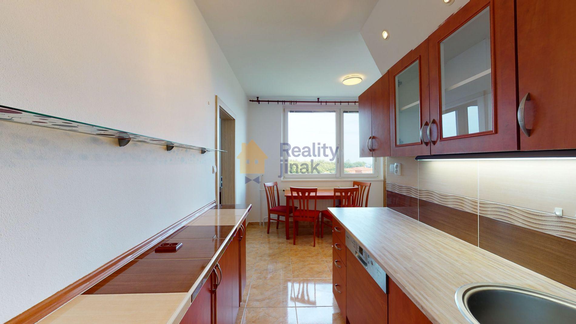 Prodej panelového bytu 3+1, 73,6 m2, balkon, sklep, ul. Pavlovská, Brno - Kohoutovice