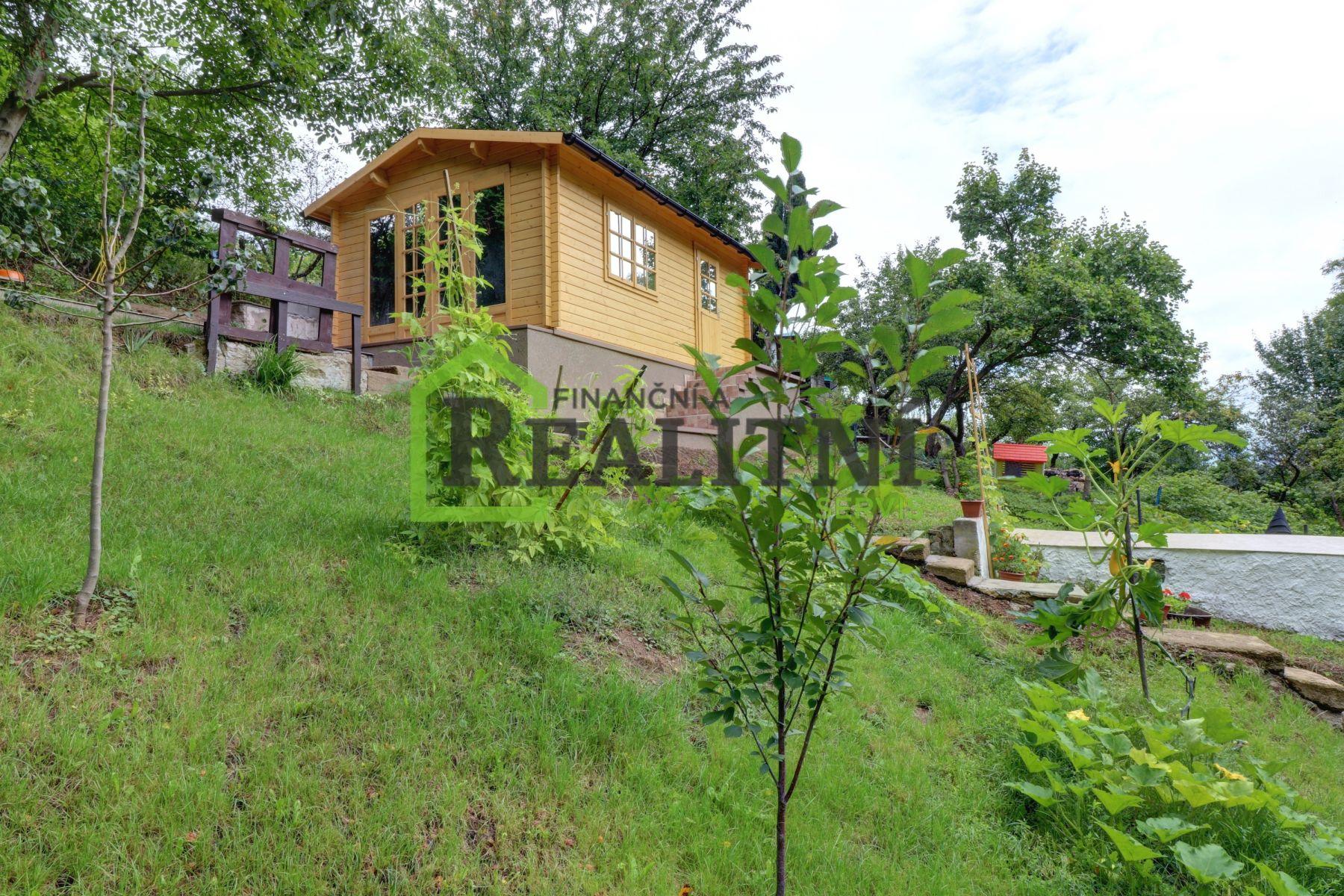 Prodej krásné novostavby chaty na pražském Barrandově.