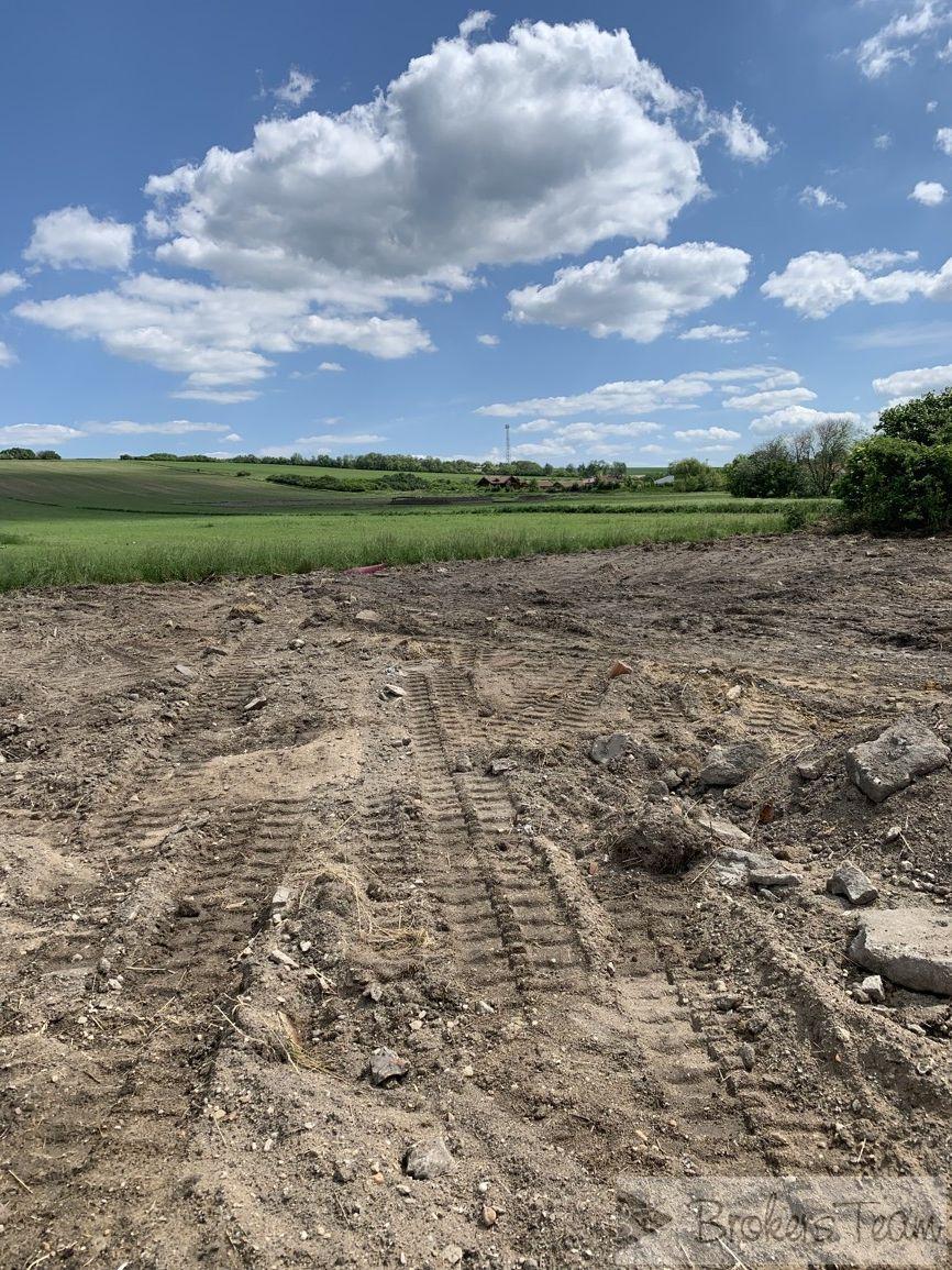Prodám exkluzivně stavební pozemek  v obci Sudovo Hlavno, celková výměra pozemku 1140 m2.
