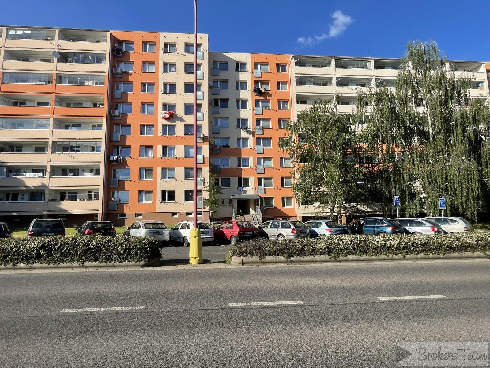 Nabízím exkluzivně k prodeji byt 3+1/L v DV celková výměra  75 m2, Na Výsluní - Neratovice.