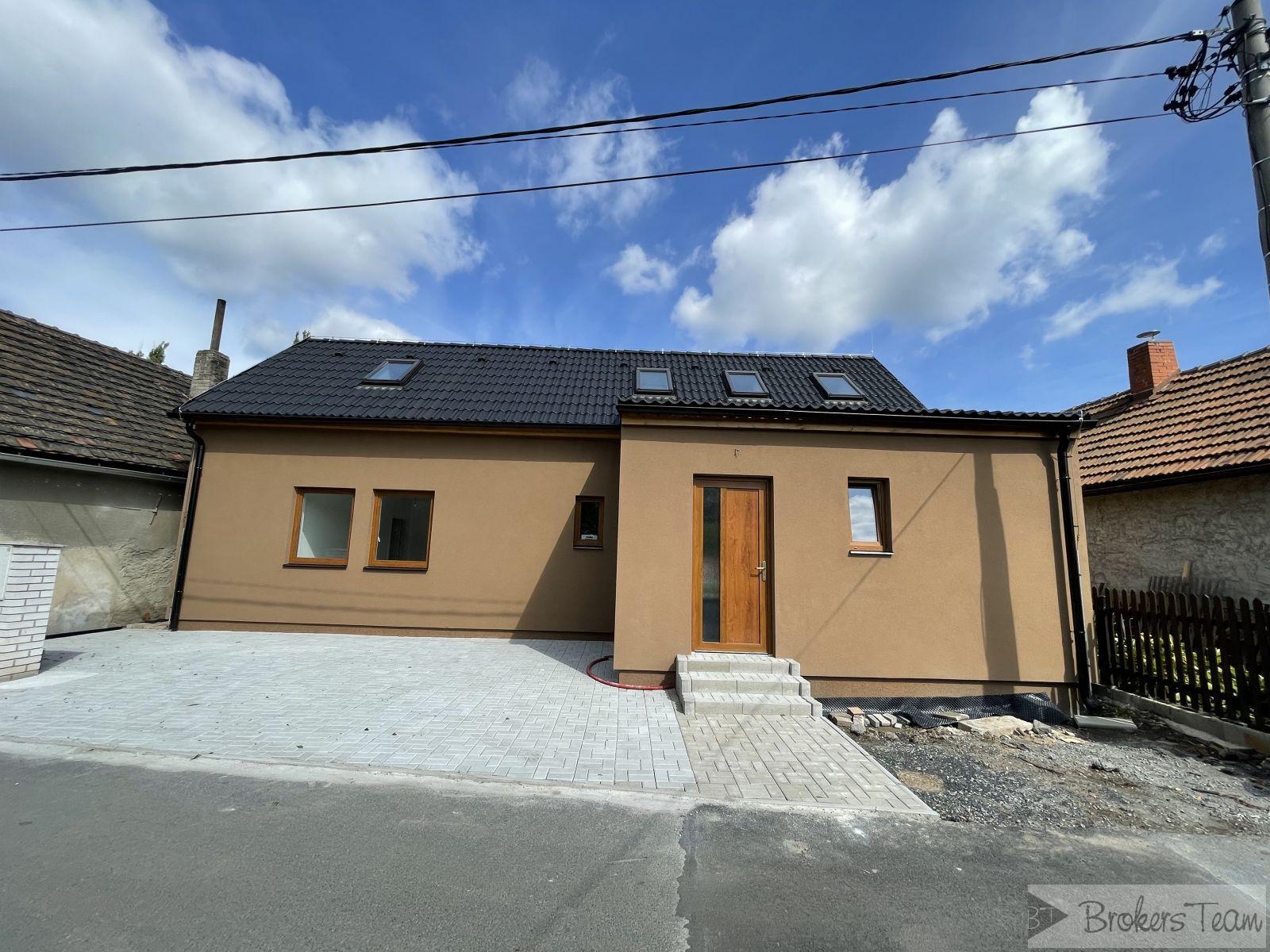 Prodej novostavby  na Mělníku 5+kk 130 m2 na pozemku o celkové výměře 336 m2.