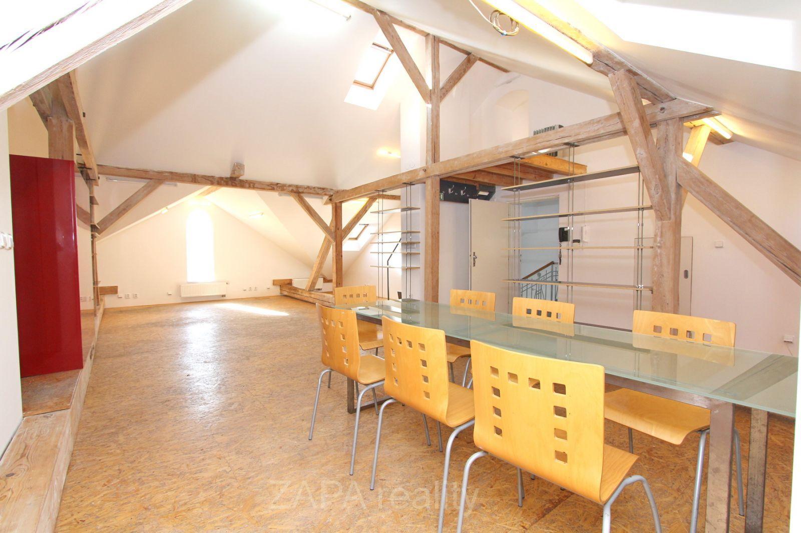 Pronájem atelieru 110m2 Praha 6 Střešovice Kajetánka
