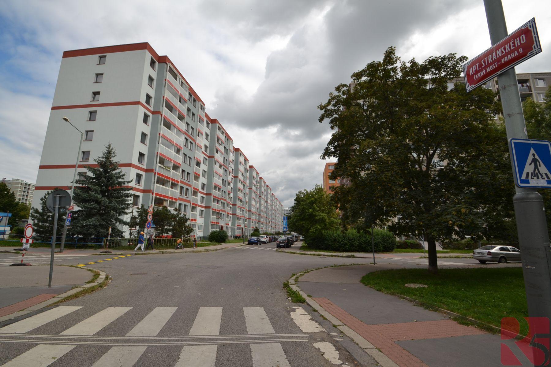 Prodej 2kk 44m2, P9 Černý Most, ul. Vybíralova, lodžie 2,8m2
