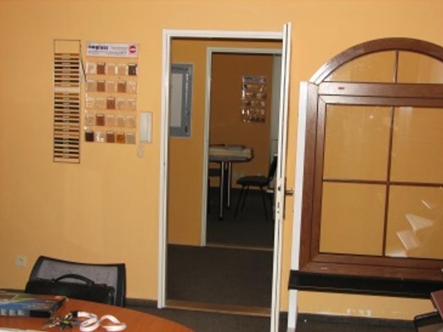 Pronájem dvou (přp.1) kanceláří v Ústí n.L., ul. Moskevská