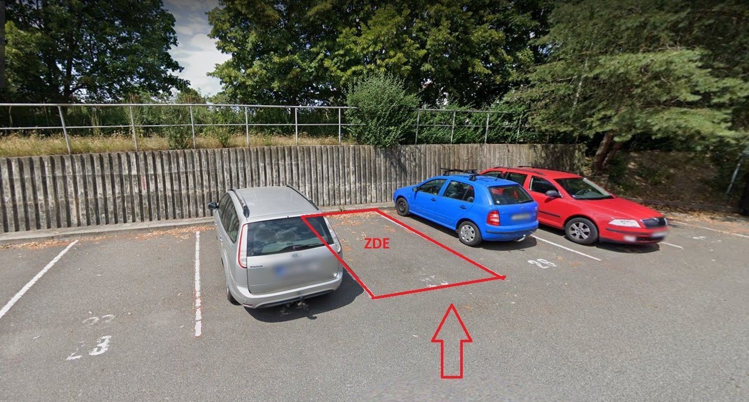 Venkovní parkovací stání Horní  Počernice