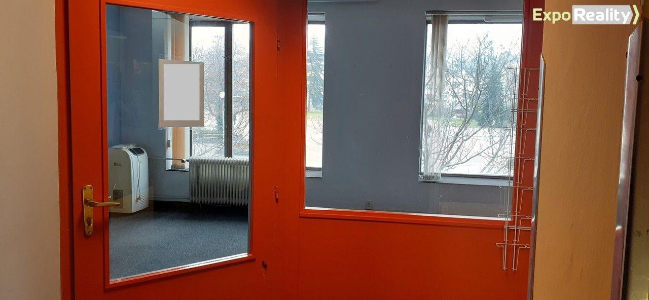 Pronájem komerčních prostor, 28 m2, I.NP, centrum Zlína