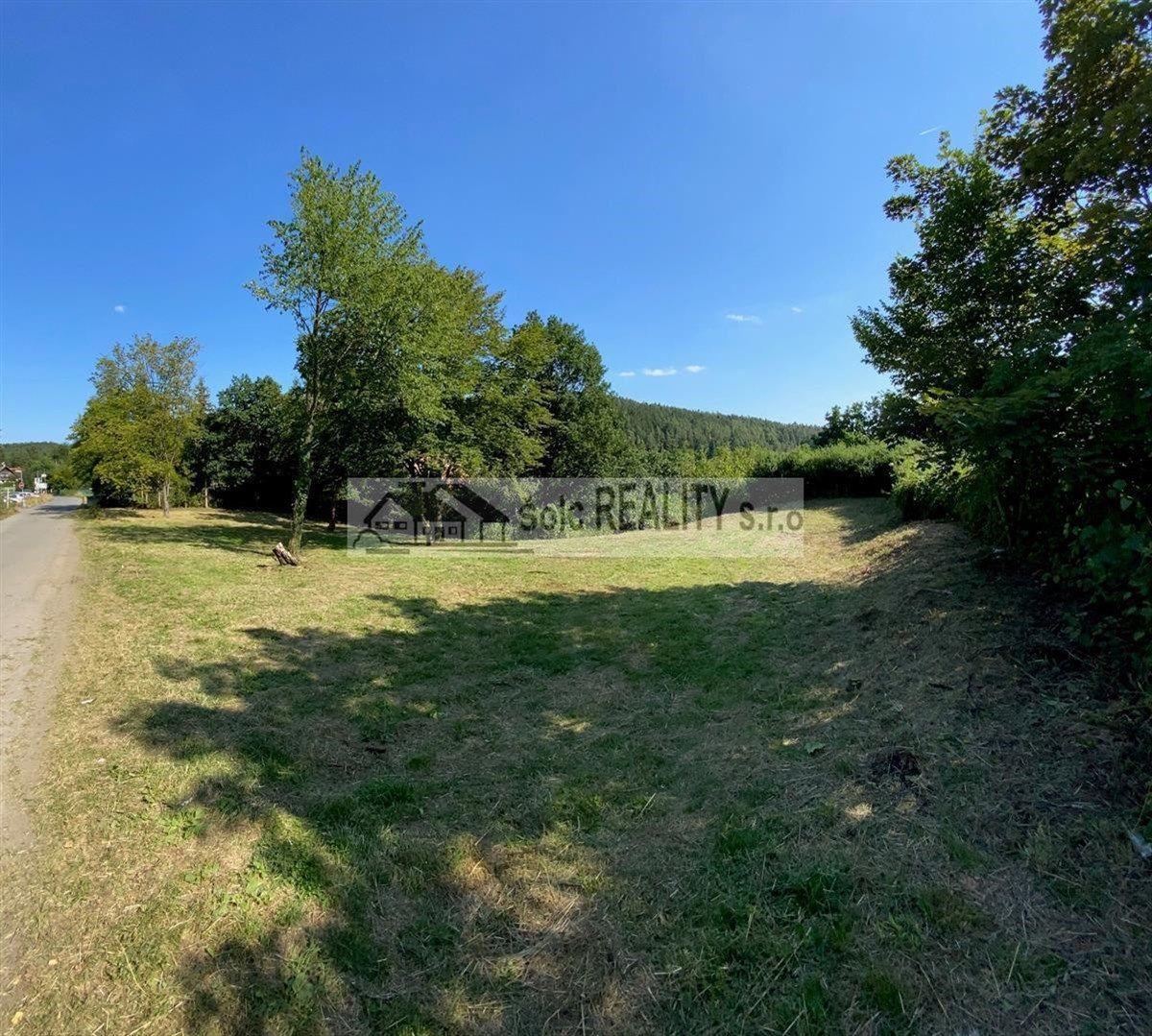 Prodej pozemku o výměře 4142 m2