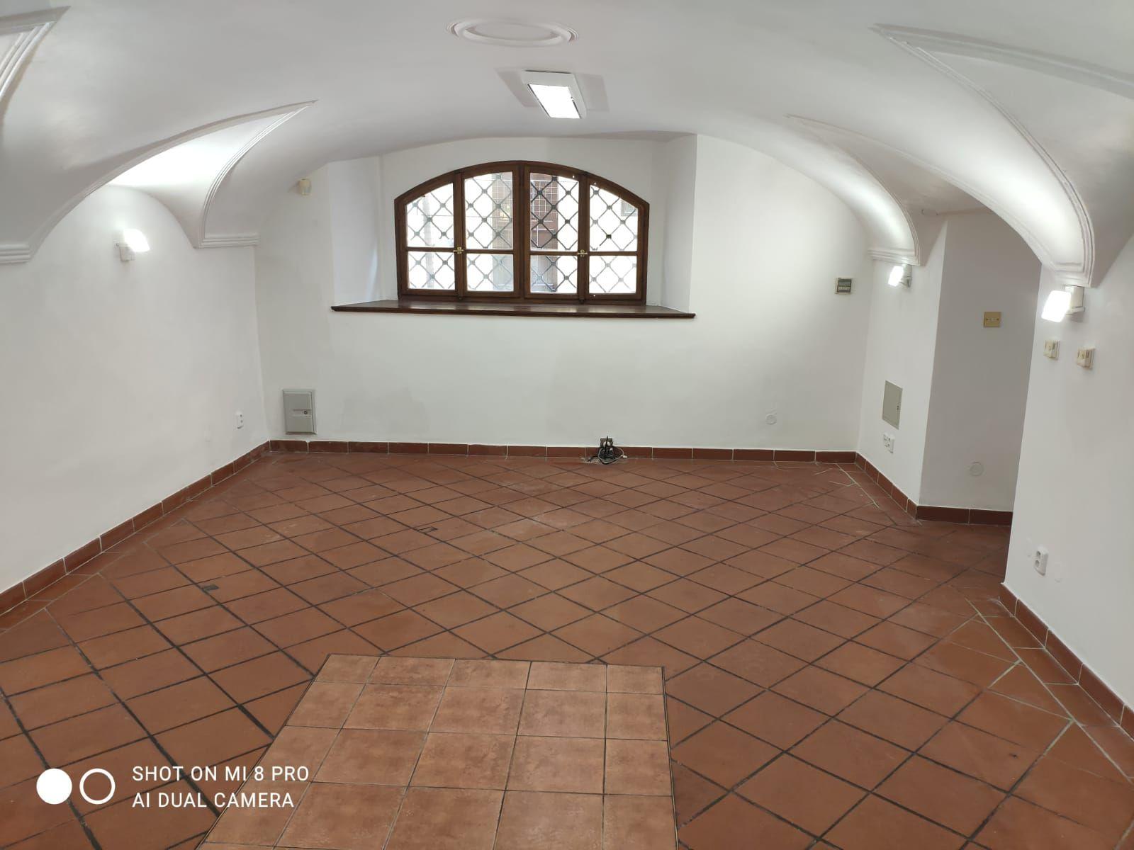Pronájem prostoru 51 m2 v přízemí v centru Prahy 1
