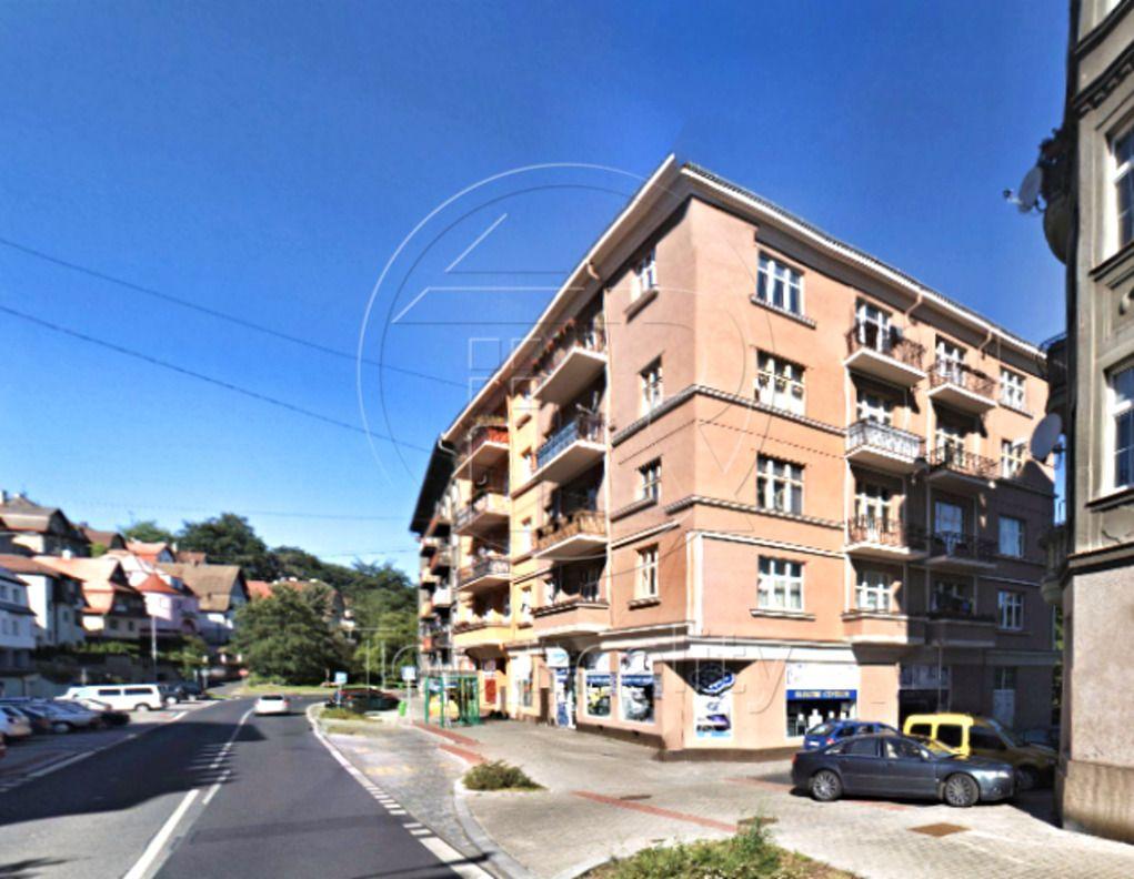 Prodej bytu 3+1, Vítězná, Karlovy Vary