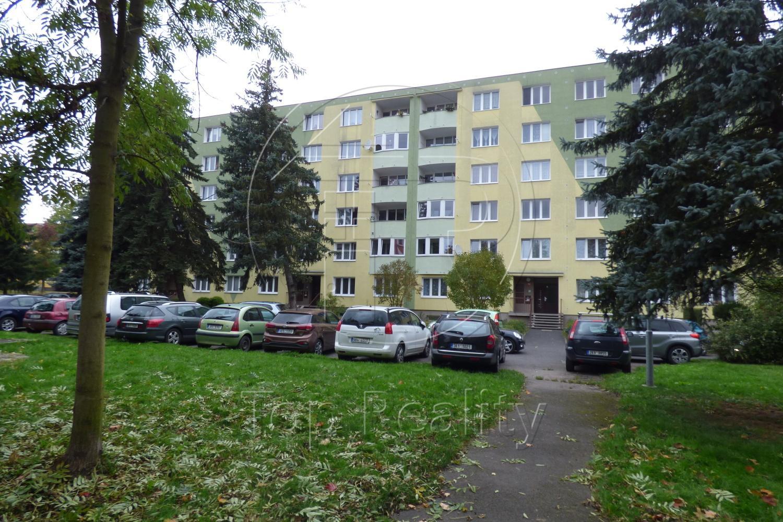 Prodej bytu 2+1, ul. Husova, Chodov