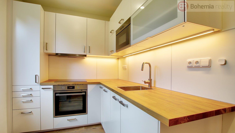 Pronájem bytu 3+1, Praha 6 - Petřiny
