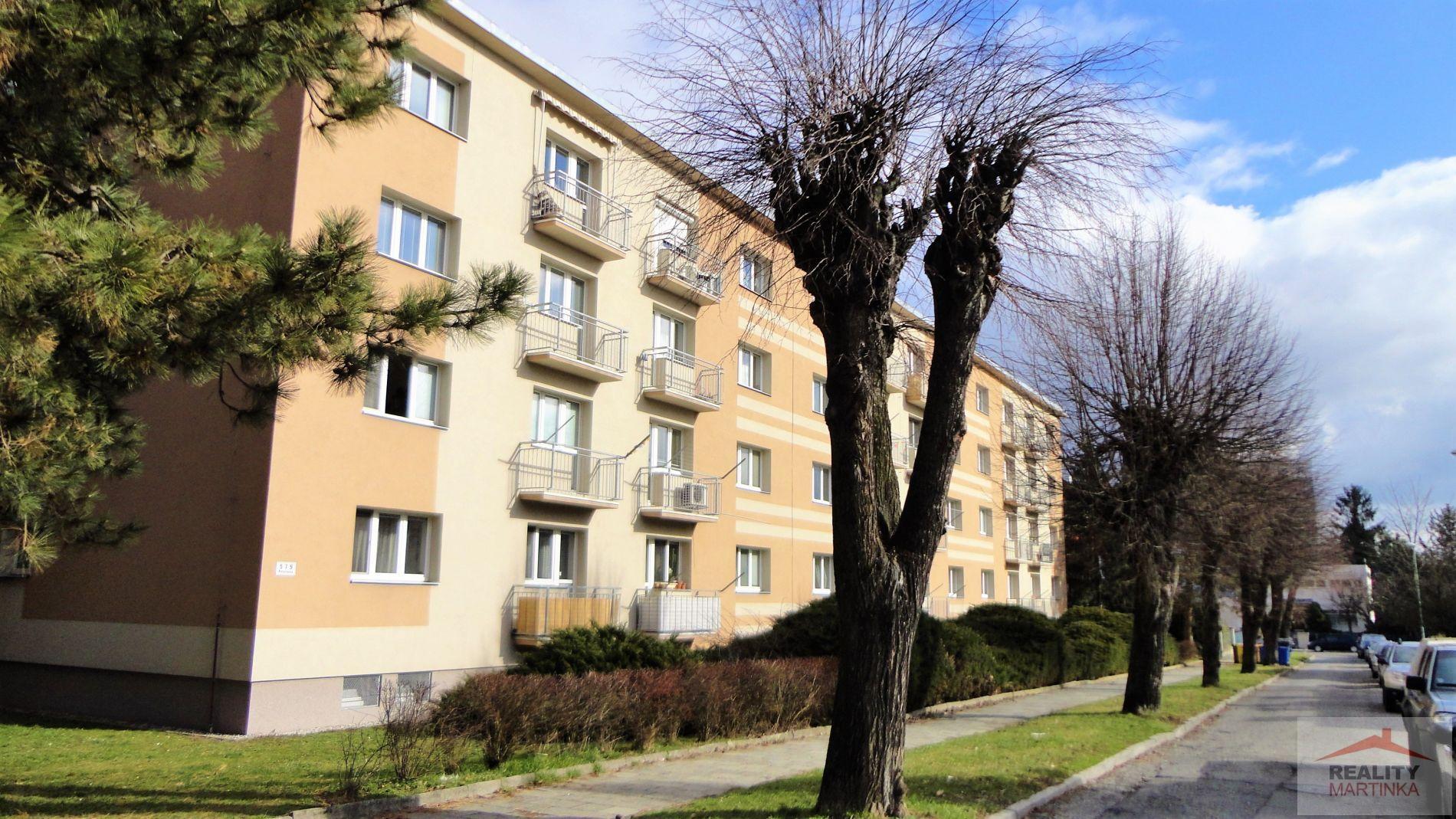 Pronájem bytu 3+1 s balkónem, Olomouc, ul. Petelinova