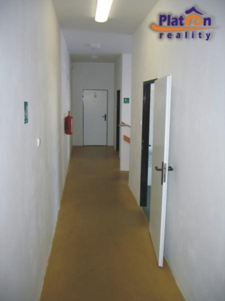 Pronájem kanceláří /104 m2/ v Ústí nad Labem - Všebořice