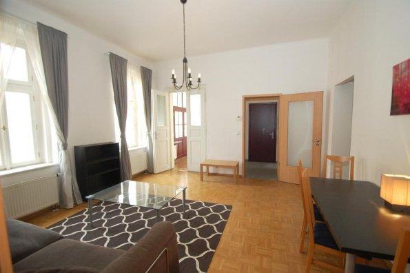 Zařízený byt, 2+kk, 61 m2, s balkonem a klima, Praha 5- Zborovská