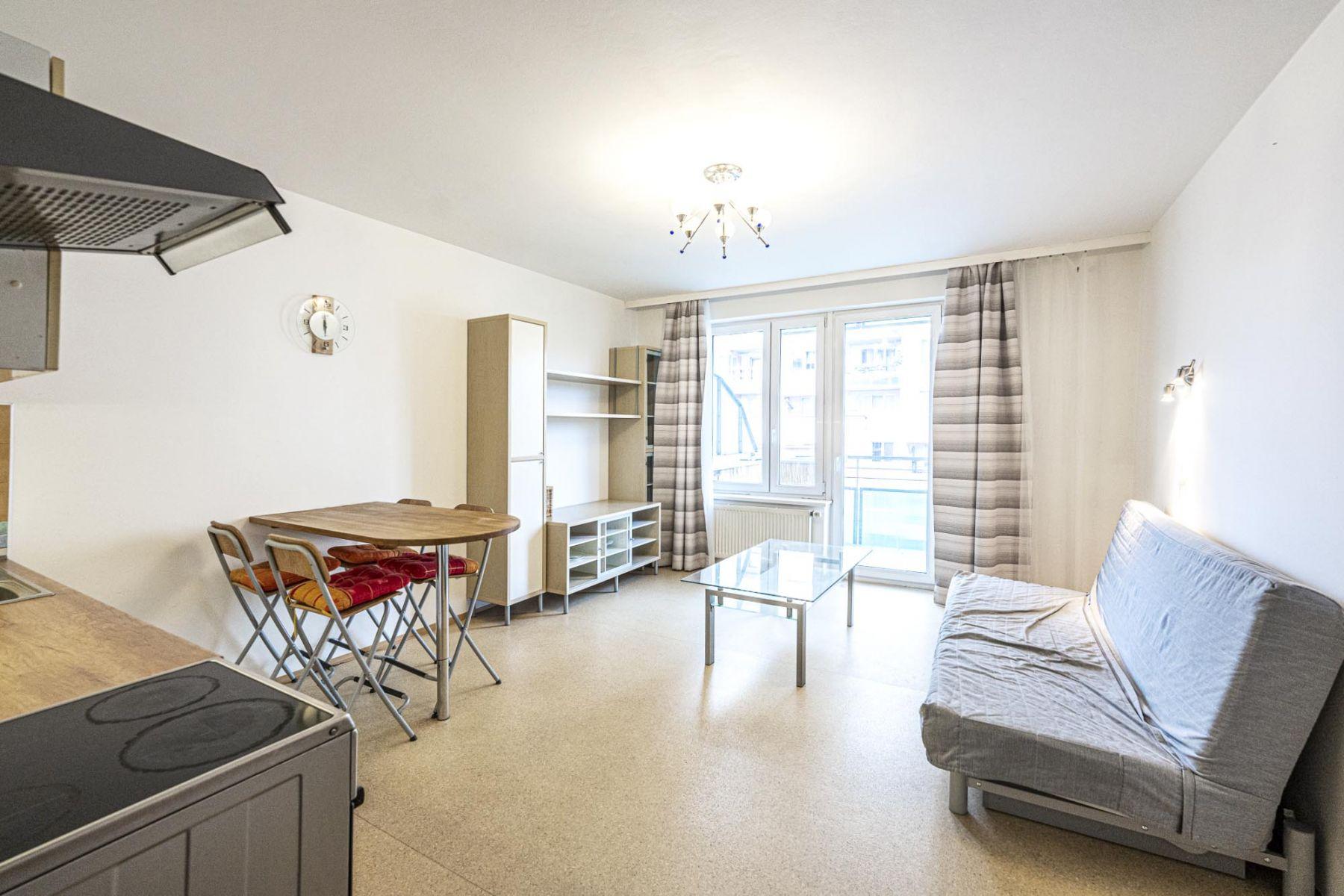 Pěkný zařízený byt 2+kk, 54 m2, novostavba, u metra Hůrka