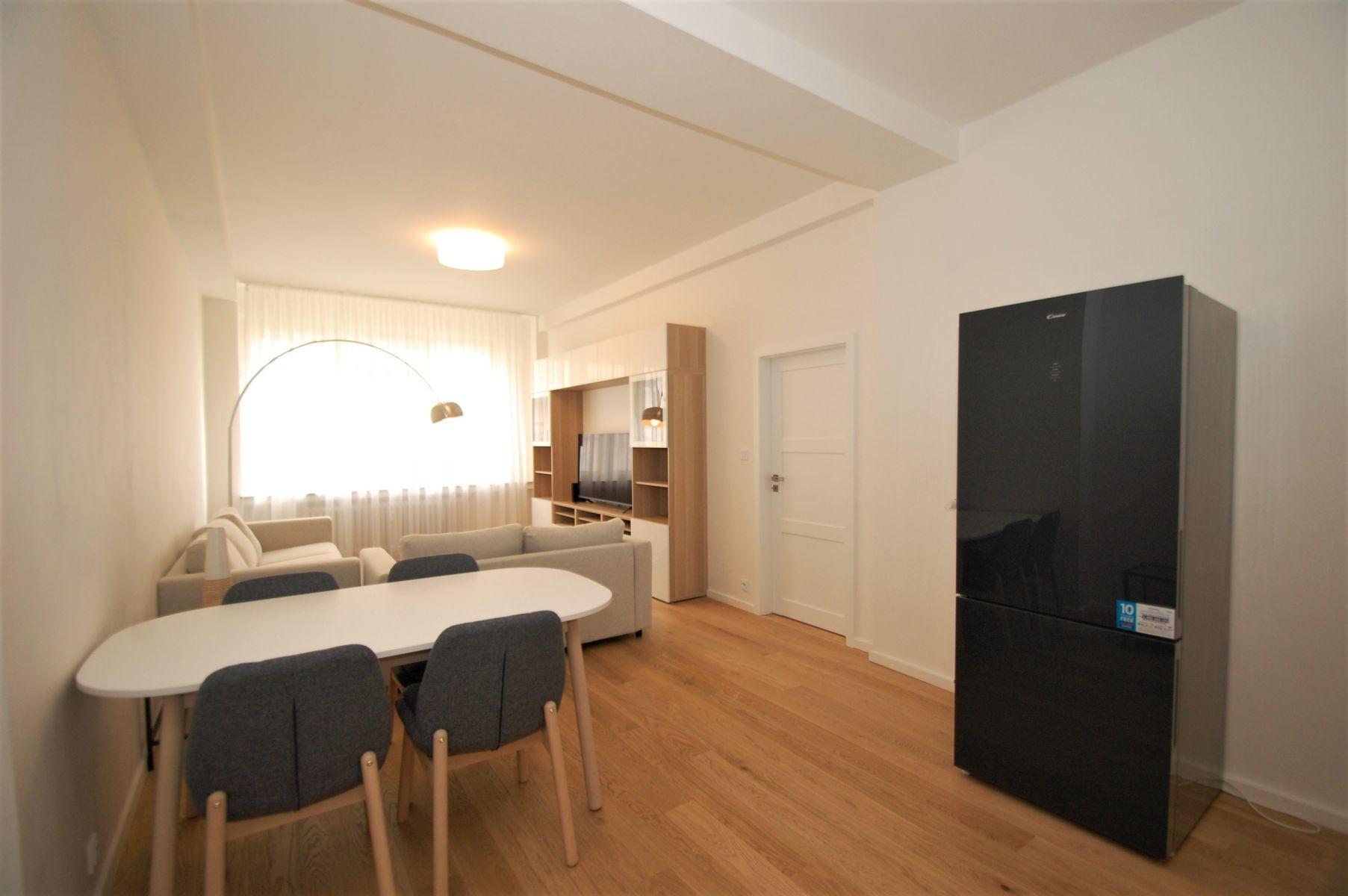 Nově rekonstruovaný, zařízený byt 2+kk, 57 m2, Praha 2- Italská